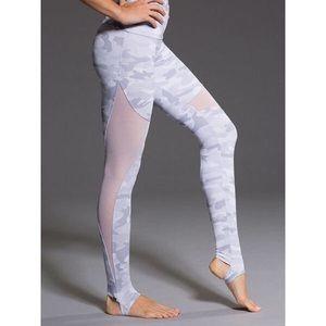 High Rise Grey Camo Stirup Legging Onzie M/L